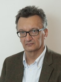 András Körösényi
